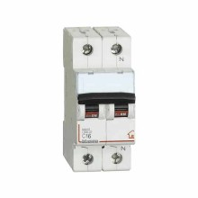 Switch magnethermic 1P+N C 16A - 4,5kA - 2M Bticino FC810NC16